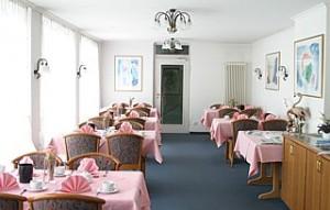 """Der """"retro"""" Frühstücksraum im Schwanen"""