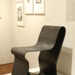 """One Piece Chair von Nathan Lerner (1938/39), Teil der neuen """"Sammlung Bauhaus"""", Bauhaus Archiv Berlin"""