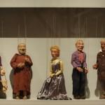 """Eine Sammlung von Puppen von Werner Jackson, gesehen in der der neuen """"Sammlung Bauhaus"""", Bauhaus Archiv Berlin"""