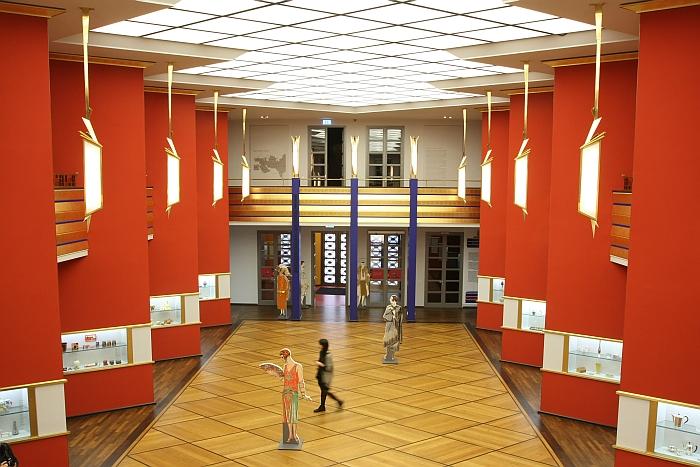 Grassi Museum für Angewandte Kunst Leipzig präsentiert Art déco: Elegant, kostbar, sinnlich