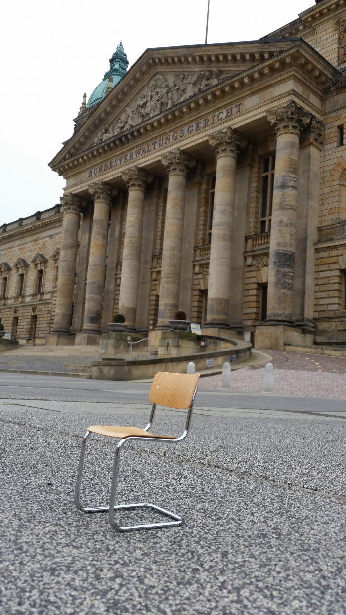 Ein Mart Stam Freischwinger vor dem Reichsgericht Leipzig, nicht zum ersten mal