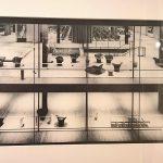 """Deutscher Pavillon bei der Weltausstellung 1958 in Brüssel von Egon Eiermann und Sep Ruf (Foto Georg Pollich), gesehen bei """"Welt aus Glas. Transparentes Design"""", Wilhelm Wagenfeld Haus Bremen"""