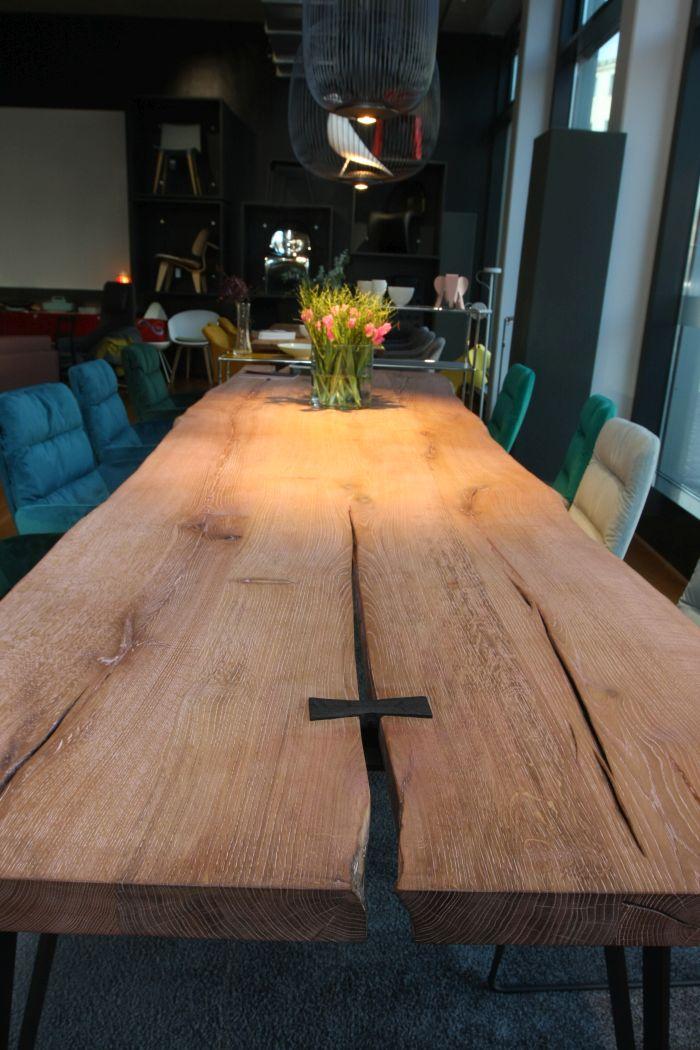 Nightingale Tisch von Nick Pyka für KFF, gesehen @ Dining Room mit ASCO und KFF, smow Köln, Passagen Köln 2019