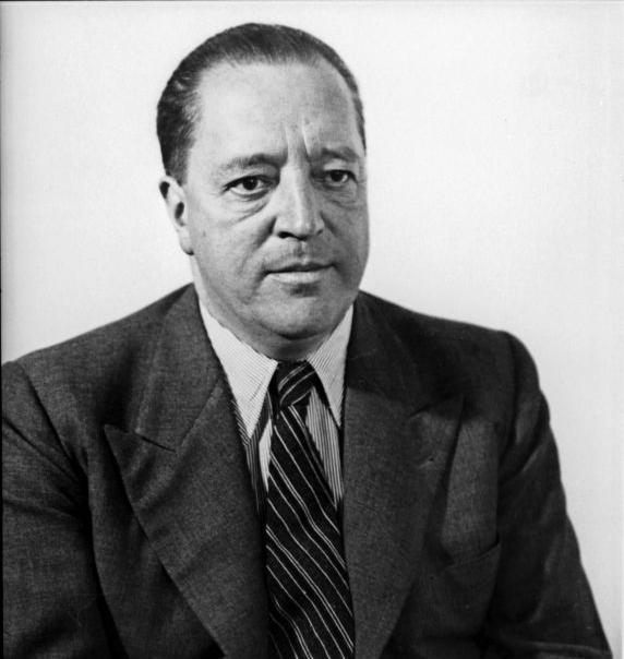 Ludwig Mies van der Rohe (1886 - 1969)