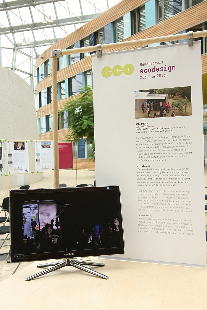 Bundespreis Ecodesign 2013 Exhibition Umweltbundesamt Dessau Solarkiosk Graft Architects