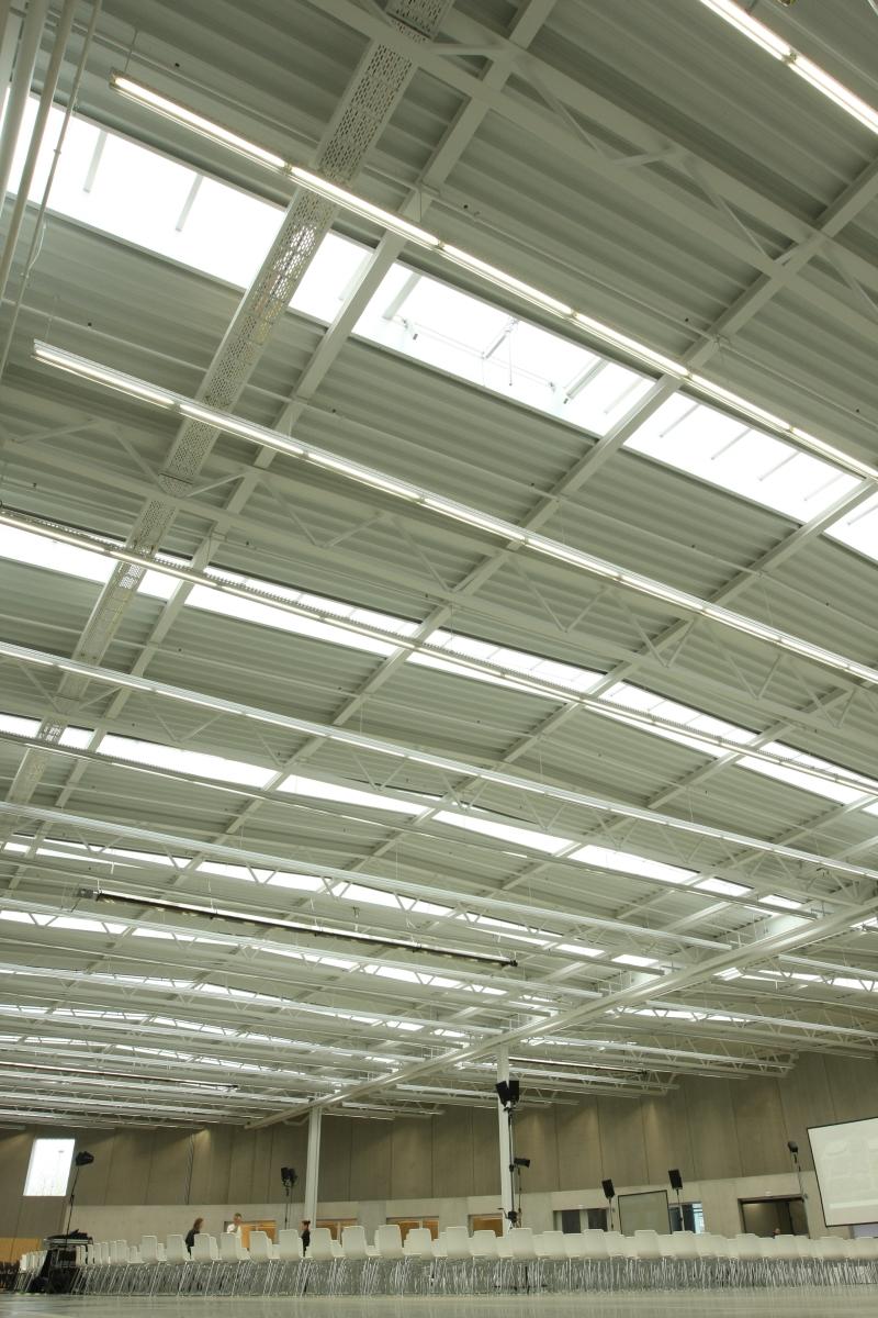 sanaa factory building vitra shop weil am rhein roof smow blog deutsch. Black Bedroom Furniture Sets. Home Design Ideas