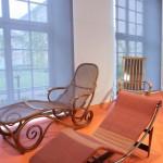 Sitzen Liegen Schaukeln Möbel von Thonet Grassi Museum für Angewandte Kunst Leipzig Schlafsofa Nr 2 Chaiselongue B 306 Le Corbusier Pierre Jeanneret Charlotte Perriand
