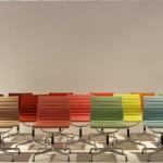 Aluminium Chairs EA 101, 102 & 104 von Charles and Ray Eames über Vitra, gesehen auf der Möbelmesse Mailand 2014