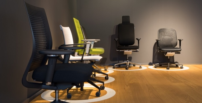 smow frankfurt 069 850 923 0 designerm bel von. Black Bedroom Furniture Sets. Home Design Ideas