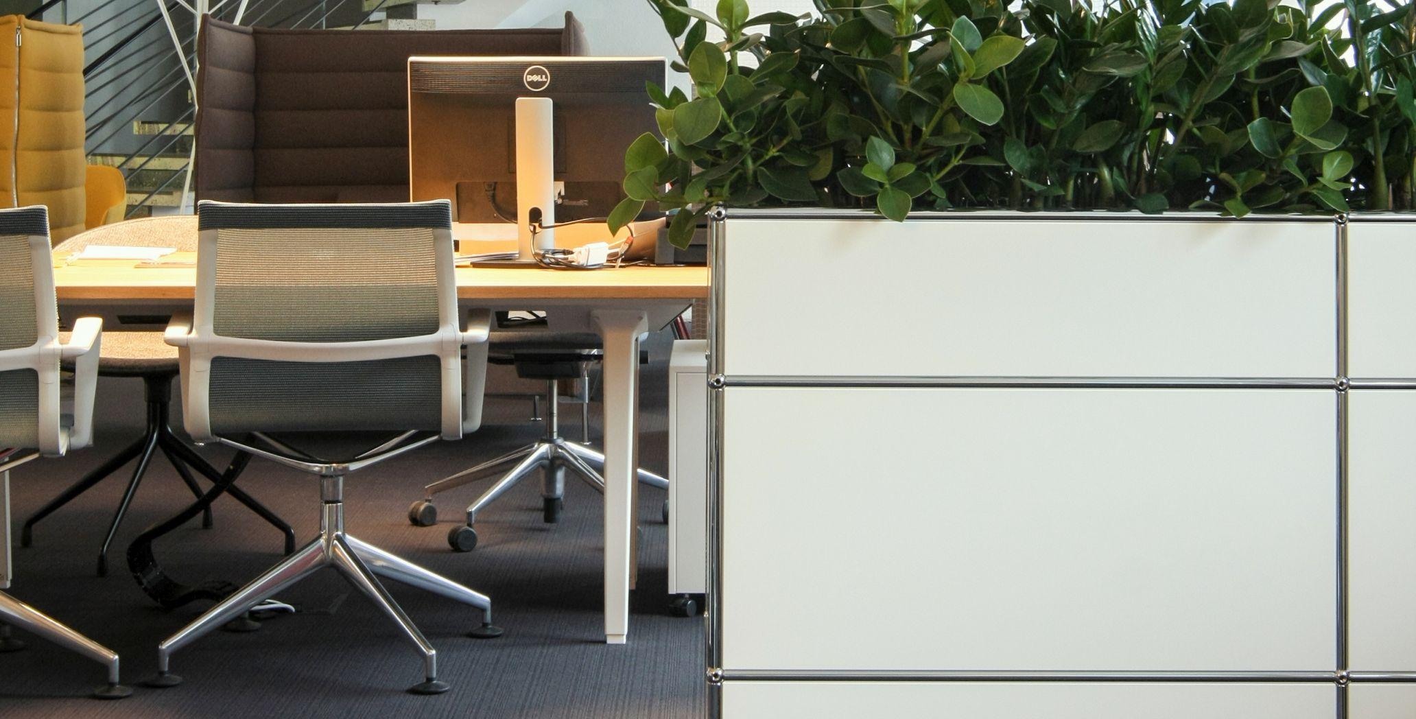 Büromöbel bei smow Stuttgart