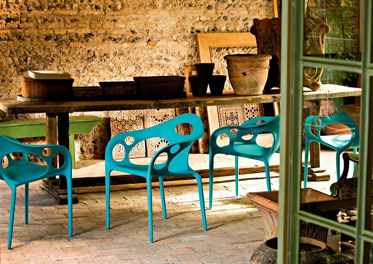 Moroso Chairs In A Typical Italian Scenery