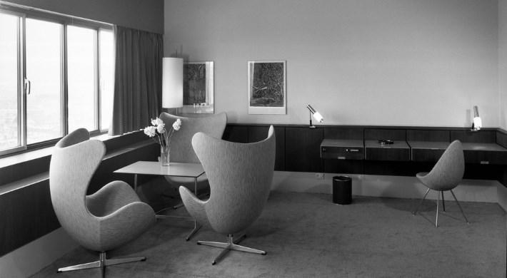 arne jacobsen designerm bel von. Black Bedroom Furniture Sets. Home Design Ideas