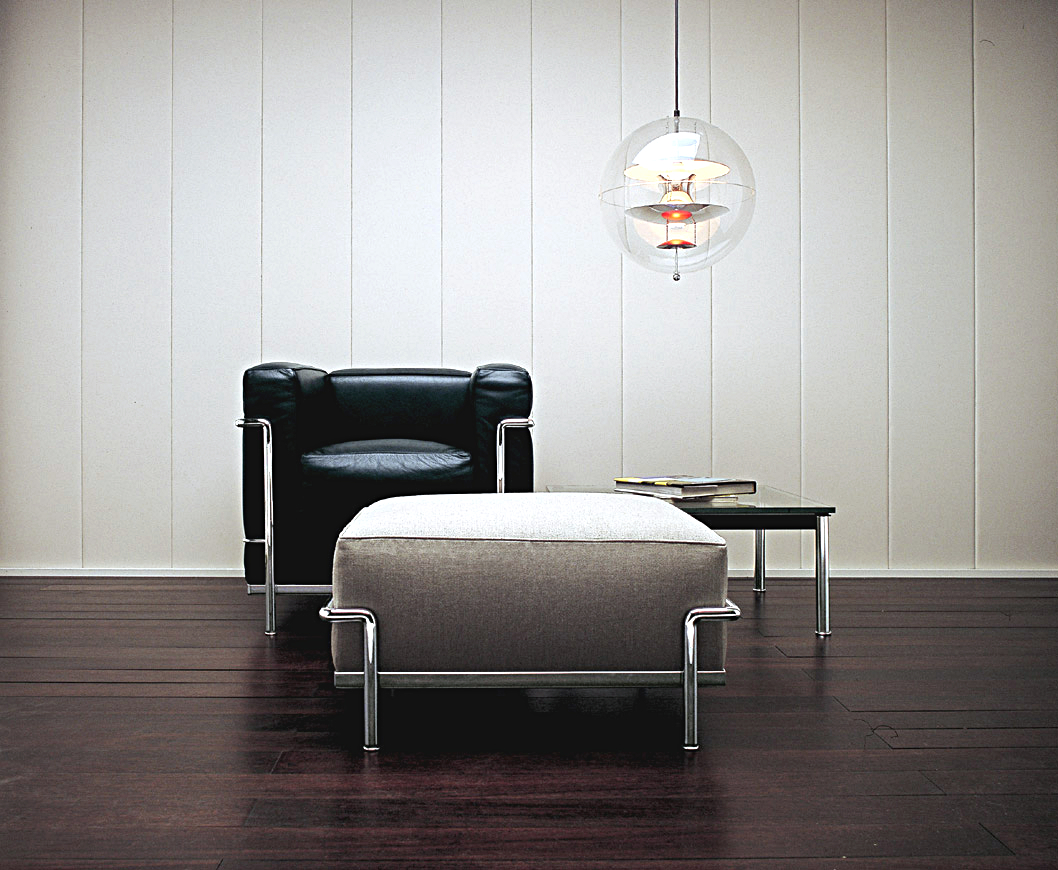 cassina lc2 sessel von le corbusier pierre jeanneret charlotte perriand 1928 designerm bel. Black Bedroom Furniture Sets. Home Design Ideas