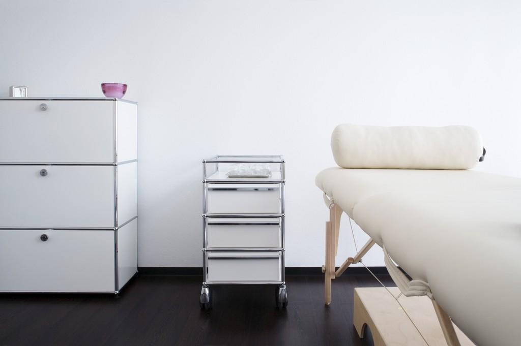 usm haller praxism bel designerm bel von. Black Bedroom Furniture Sets. Home Design Ideas