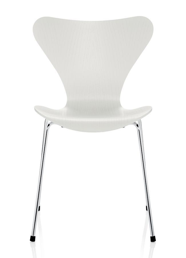 Fritz Hansen Serie 7 Stuhl 3107 465 Cm Gefärbte Esche Weiß Von