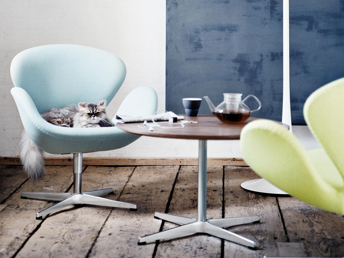 fritz hansen swan chair von arne jacobsen 1958. Black Bedroom Furniture Sets. Home Design Ideas