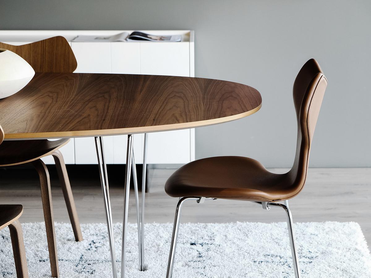 fritz hansen piet hein tisch von piet hein bruno mathsson arne jacobsen 1968 designerm bel. Black Bedroom Furniture Sets. Home Design Ideas