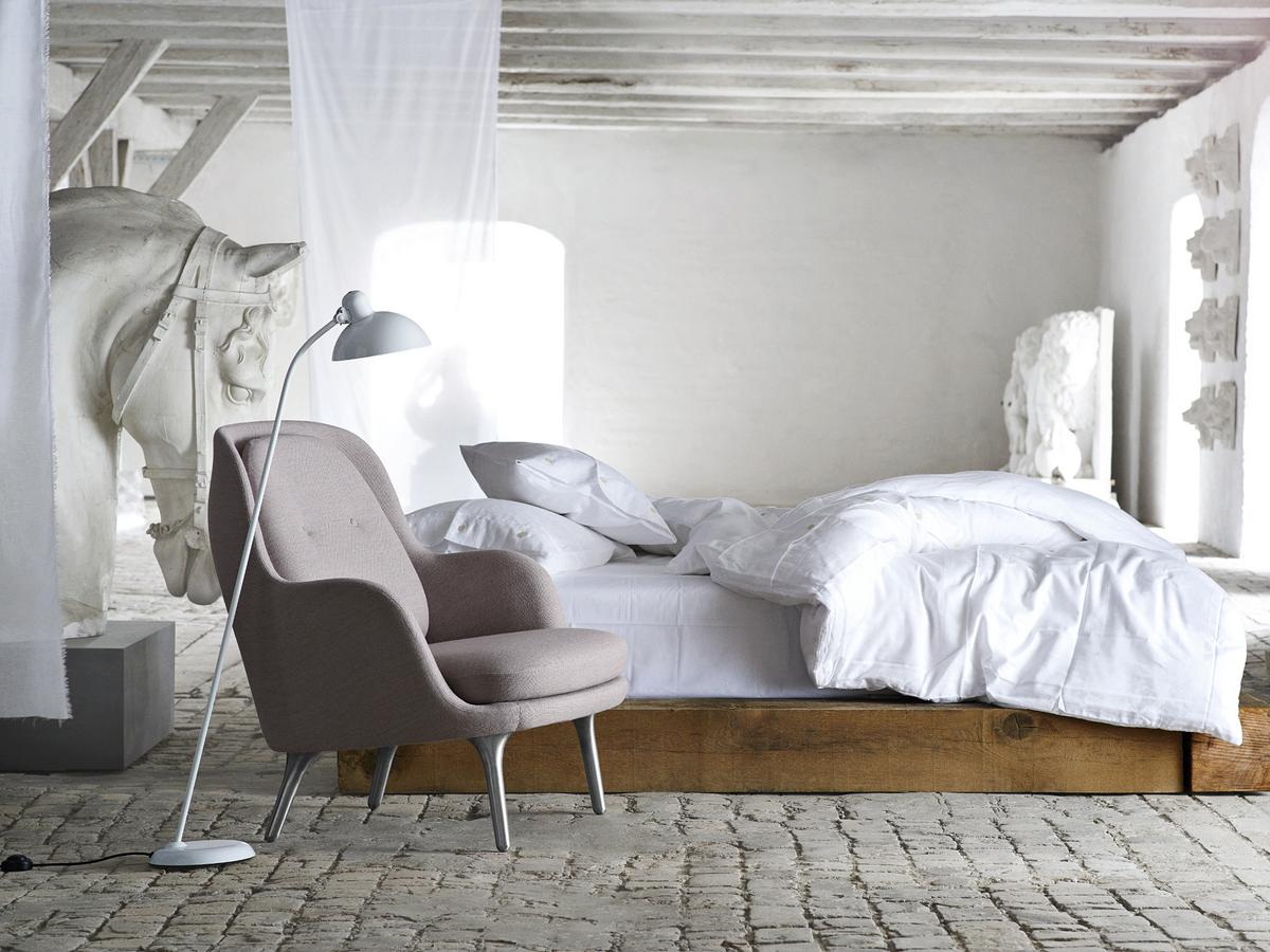 lightyears by fritz hansen kaiser idell 6556 f von. Black Bedroom Furniture Sets. Home Design Ideas