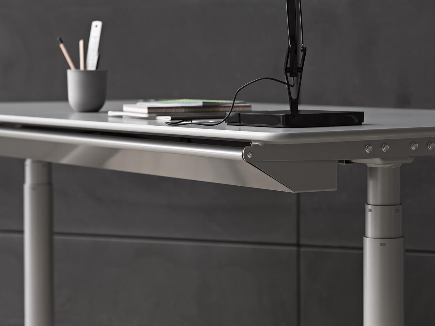 Höhenverstellbare Schreibtische HiLow Details