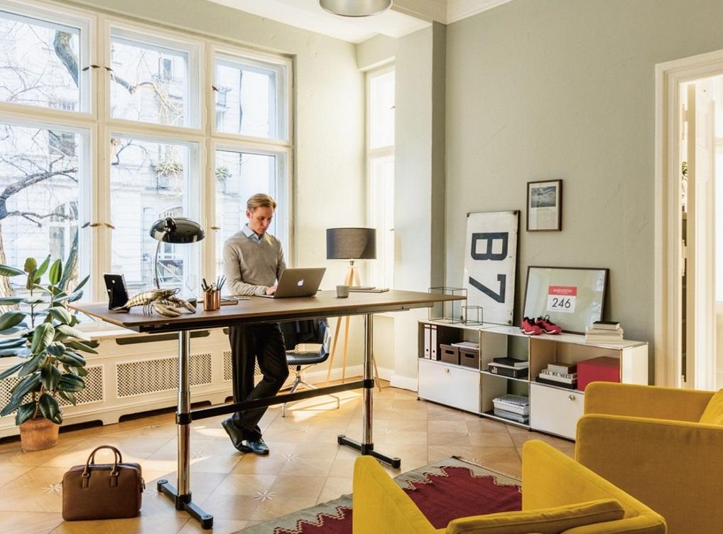 Höhenverstellbare Schreibtische USM Home Office