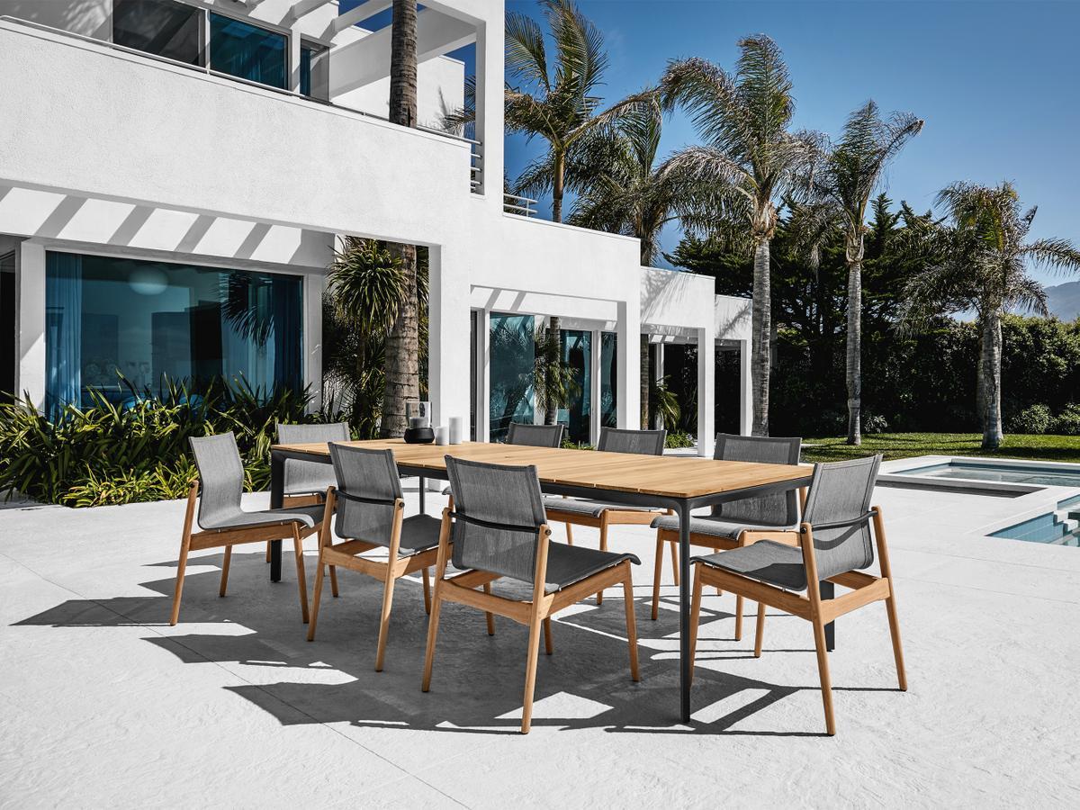 gloster sway teak stuhl von henrik pedersen 2013 designerm bel von. Black Bedroom Furniture Sets. Home Design Ideas