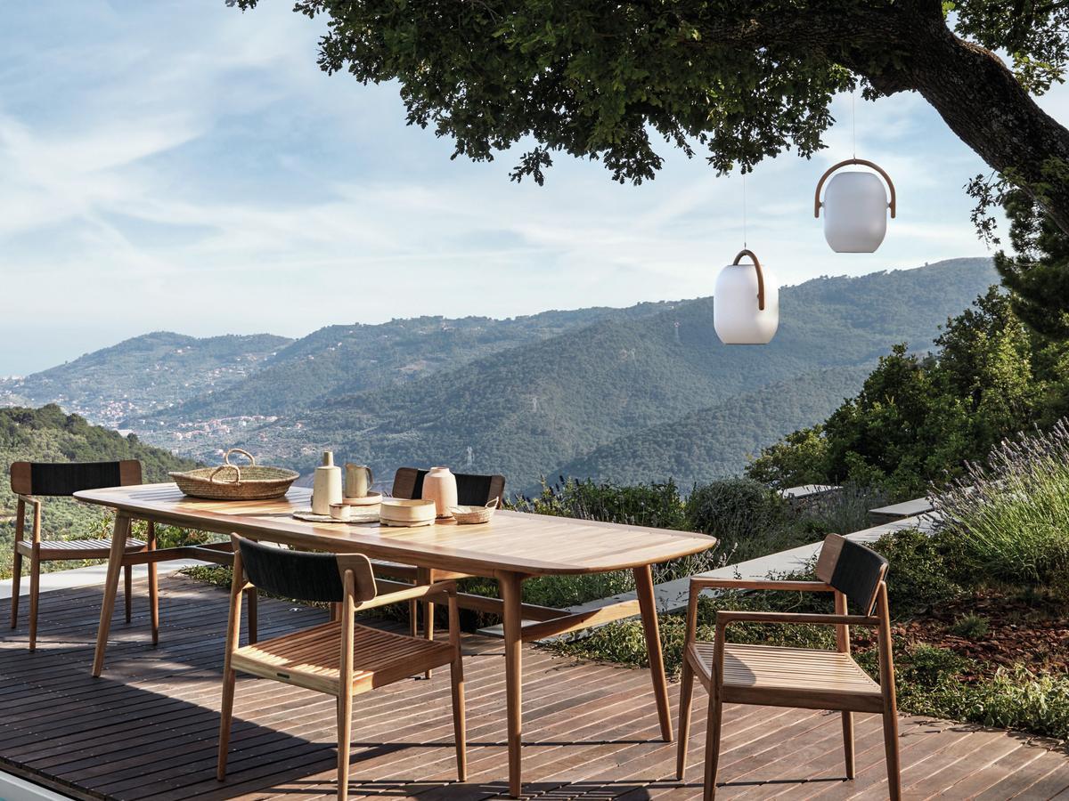 gloster cocoon leuchte von henrik pedersen 2016. Black Bedroom Furniture Sets. Home Design Ideas