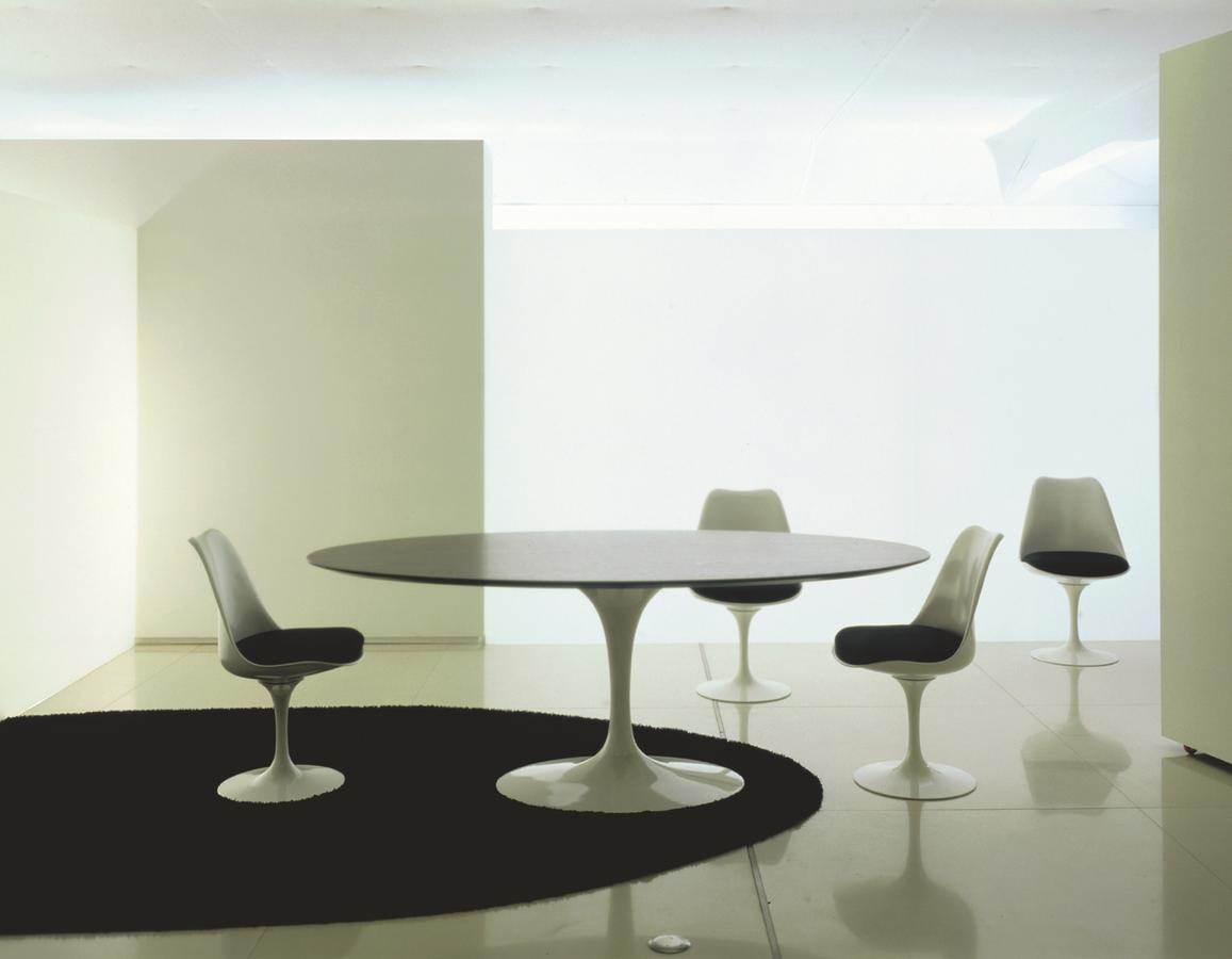 knoll international saarinen tulip stuhl von eero saarinen. Black Bedroom Furniture Sets. Home Design Ideas