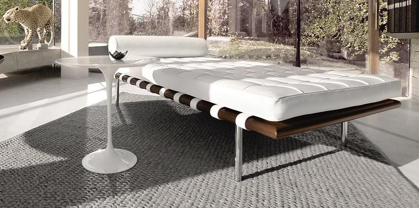 Saarinen Side Table From Knoll