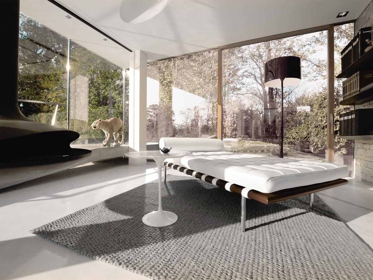Knoll international saarinen beistelltisch rund von eero for Saarinen beistelltisch marmor