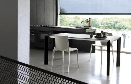 kristalia nori esstisch von bartoli design 2008. Black Bedroom Furniture Sets. Home Design Ideas