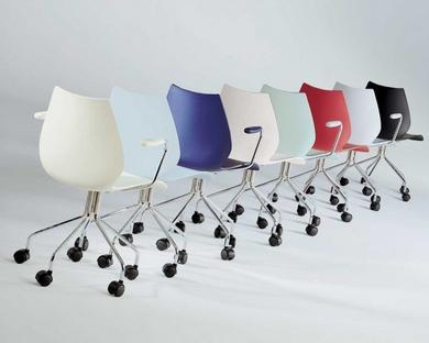 kartell maui drehstuhl von vico magistretti. Black Bedroom Furniture Sets. Home Design Ideas