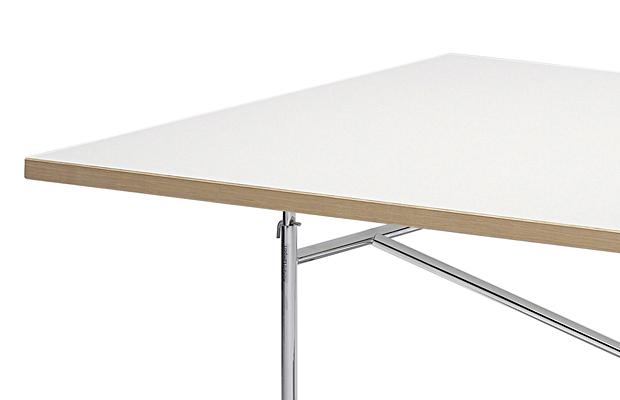 Schreibtischplatte weiß  Richard Lampert Tischplatte für Eiermann Tischgestelle von Richard ...
