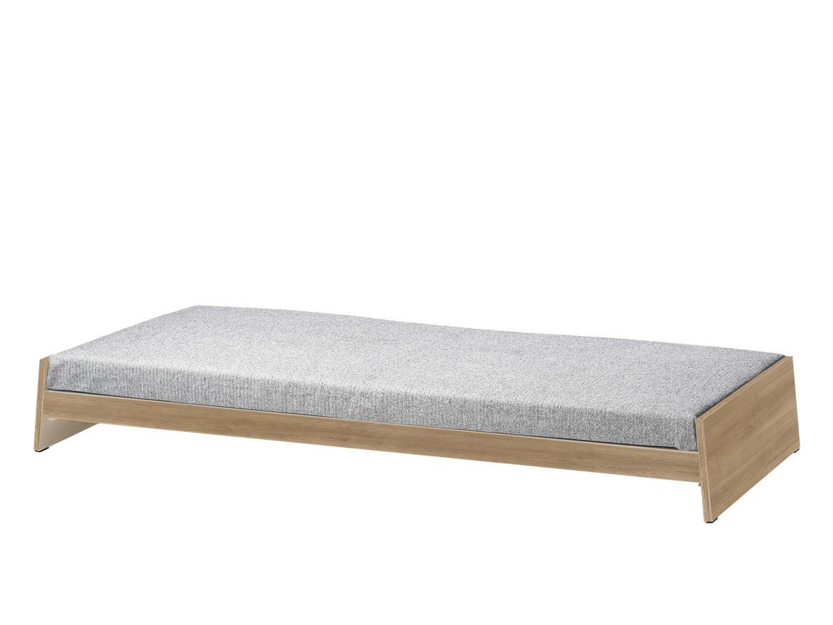 richard lampert l nneberga eiche mit matratze salz und pfeffer schwarz wei von alexander. Black Bedroom Furniture Sets. Home Design Ideas