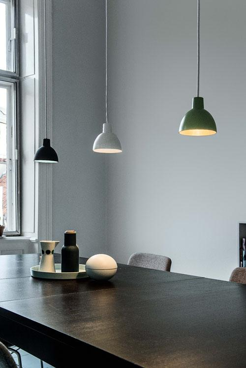 louis poulsen toldbod 120 duo pendelleuchte von louis poulsen lighting a s designerm bel von. Black Bedroom Furniture Sets. Home Design Ideas