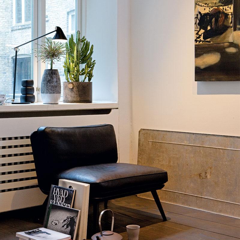 louis poulsen njp tischleuchte von nendo 2015 designerm bel von. Black Bedroom Furniture Sets. Home Design Ideas