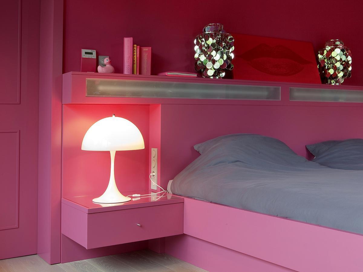 louis poulsen panthella tischleuchte von verner panton 1971 designerm bel von. Black Bedroom Furniture Sets. Home Design Ideas