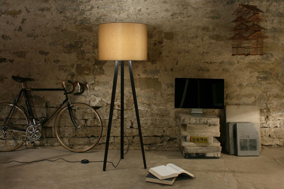 maigrau luca stand von nik back alexander stamminger. Black Bedroom Furniture Sets. Home Design Ideas