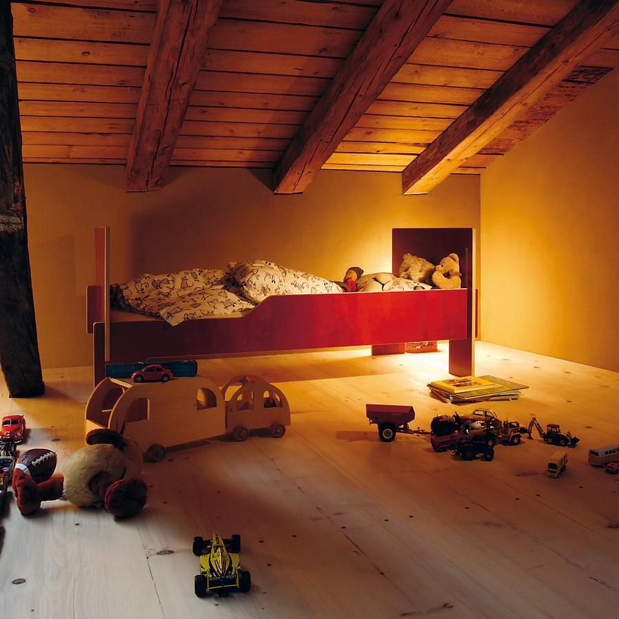 nils holger moormann spross von christoffer martens 2008 designerm bel von. Black Bedroom Furniture Sets. Home Design Ideas