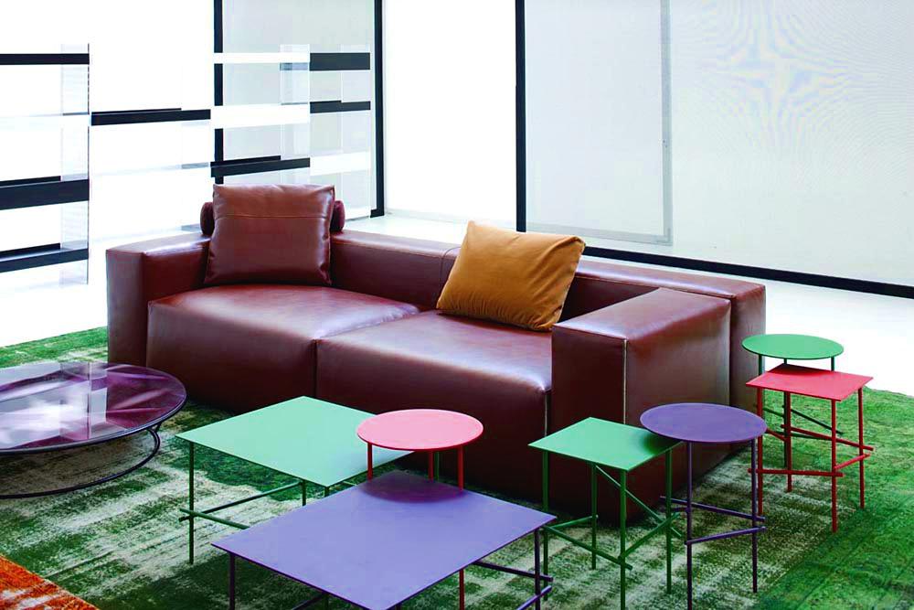moroso shanghai tip beistelltisch tisch eckig matt rot. Black Bedroom Furniture Sets. Home Design Ideas