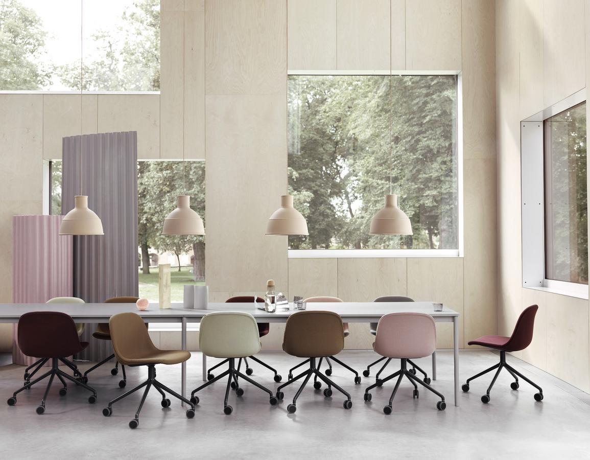 muuto unfold pendelleuchte von form us with love 2010 designerm bel von. Black Bedroom Furniture Sets. Home Design Ideas