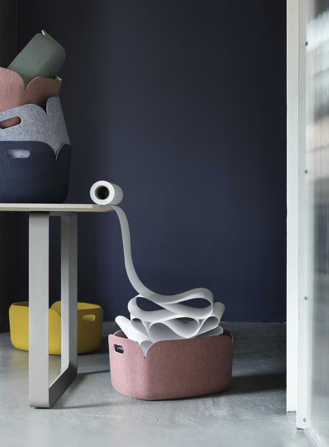 muuto restore aufbewahrungskorb von mika tolvanen 2009 designerm bel von. Black Bedroom Furniture Sets. Home Design Ideas