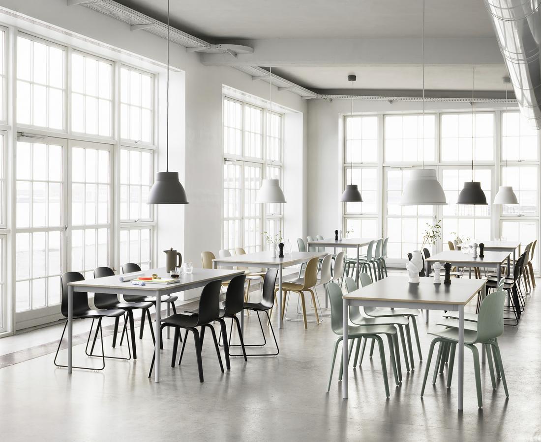 muuto visu stuhl von mika tolvanen 2012 designerm bel von. Black Bedroom Furniture Sets. Home Design Ideas