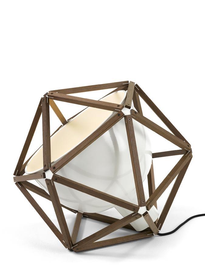 r thlisberger block 2 bodenleuchte von henry pilcher 2014. Black Bedroom Furniture Sets. Home Design Ideas