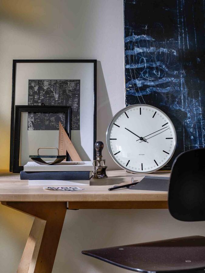 rosendahl aj city hall wanduhr von arne jacobsen 1956 2009 designerm bel von. Black Bedroom Furniture Sets. Home Design Ideas