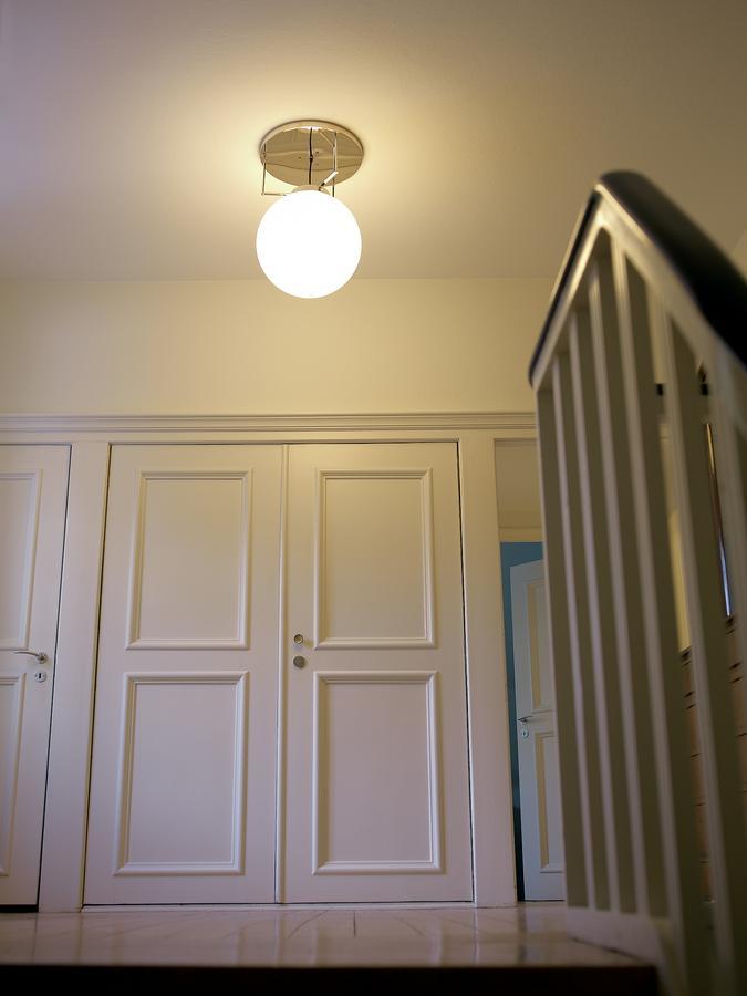 tecnolumen bauhaus deckenleuchte dmb 26 von marianne. Black Bedroom Furniture Sets. Home Design Ideas