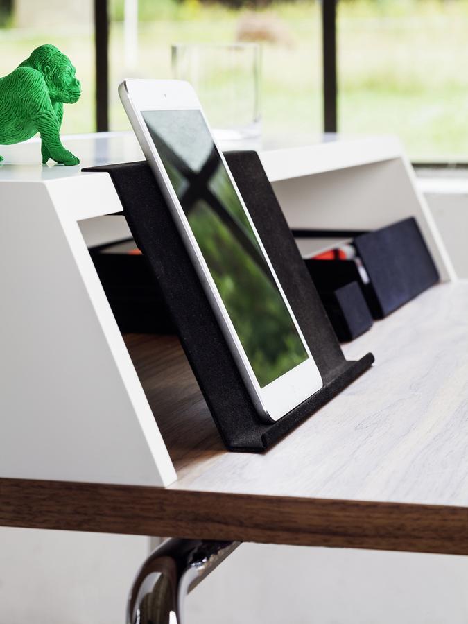 thonet s 1200 von thonet design team designerm bel von. Black Bedroom Furniture Sets. Home Design Ideas