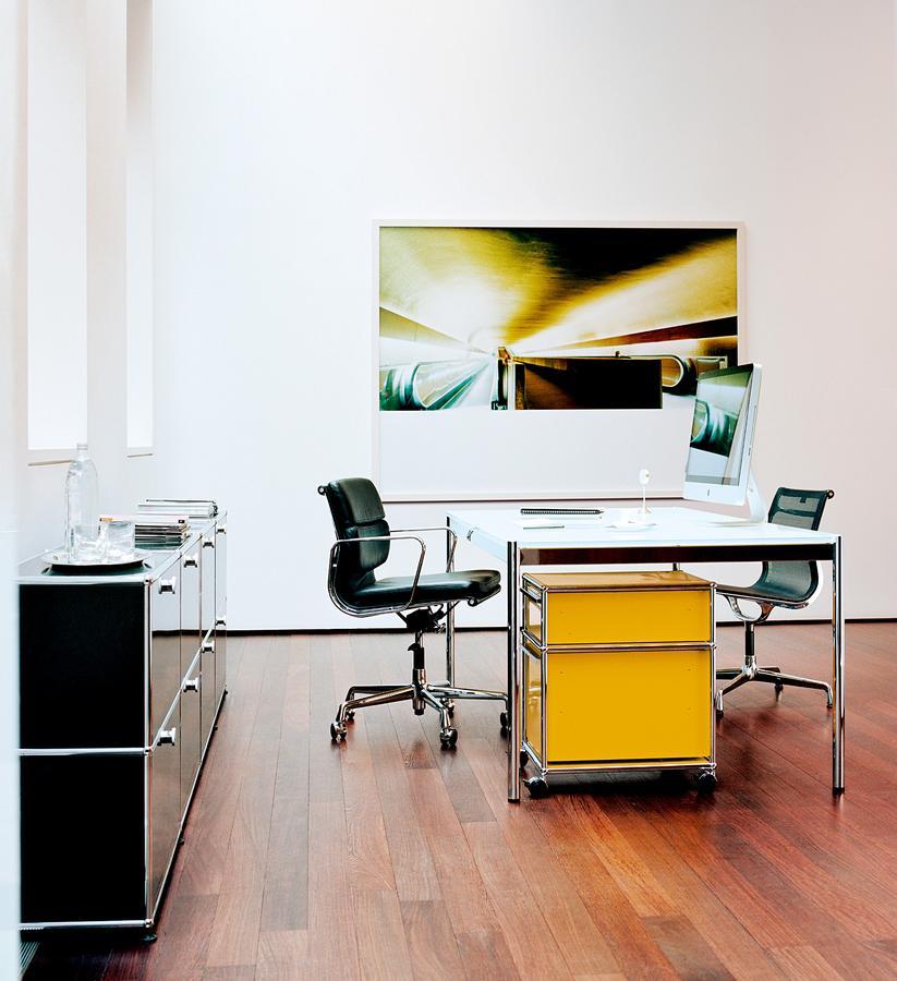 usm haller tisch von fritz haller paul sch rer 1962. Black Bedroom Furniture Sets. Home Design Ideas