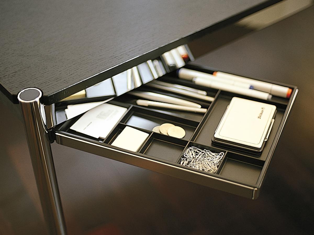 usm haller materialschwenkarm f r usm haller tisch von usm designerm bel von. Black Bedroom Furniture Sets. Home Design Ideas