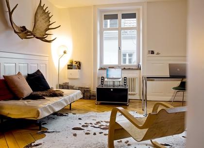 usm haller tv lowboard auf rollen von fritz haller paul. Black Bedroom Furniture Sets. Home Design Ideas