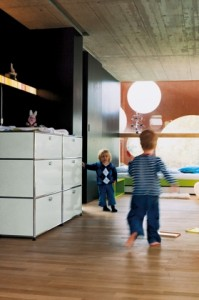 usm haller kinder lowboard von fritz haller paul sch rer designerm bel von. Black Bedroom Furniture Sets. Home Design Ideas